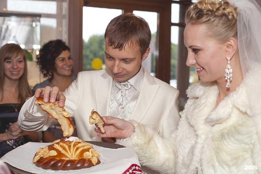 Сценарий свадебного застолья в узком кругу