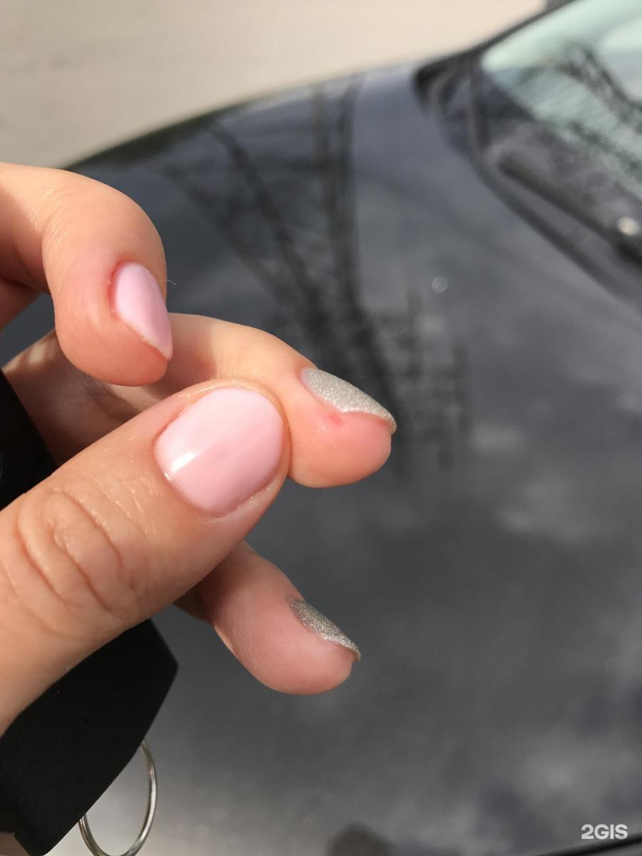 Моего мастера зовут александра, очень вежливая, аккуратная, именно она мне посоветовала сделать процедуру по укреплению ногтей ibx.